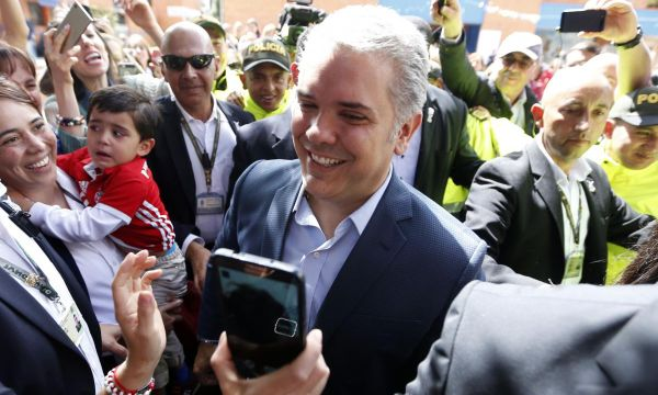 Right-wing Duque wins Colombian presidency, beating leftist Petro