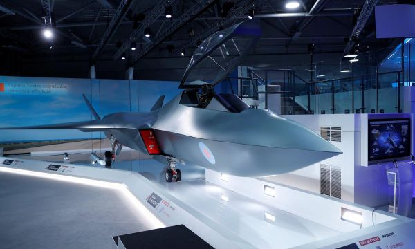 UK to invest 2 billion pounds in new fighter programme through 2025