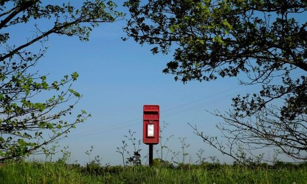 Royal Mail shareholders reject senior executives' pay package
