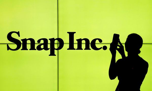 Snap loses daily users, beats on revenue as Saudi prince takes stake