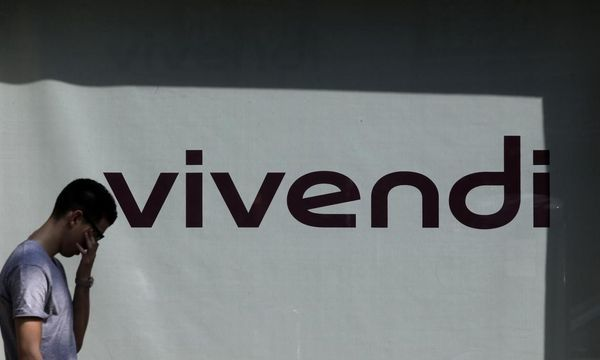 'Spinal Tap' creators, Vivendi to mediate $400 million U.S. fraud lawsuit