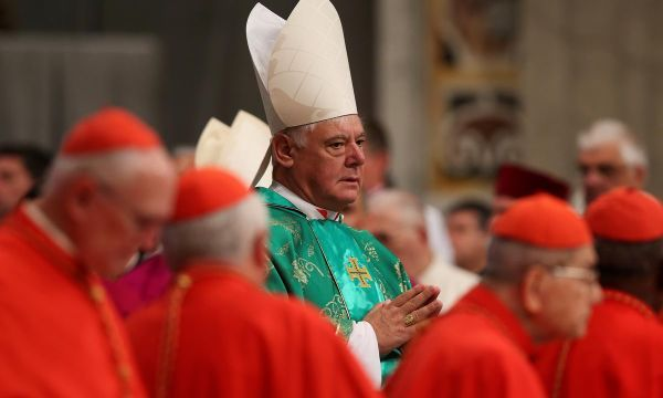 Sacked cardinal issues manifesto in thinly veiled attack on pope