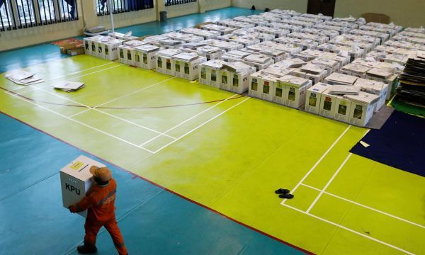 Voting underway in Indonesia, world's biggest one-day election